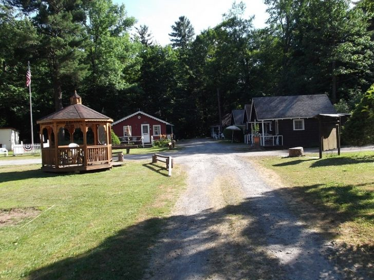 Permalink to Simpler Times Cabins
